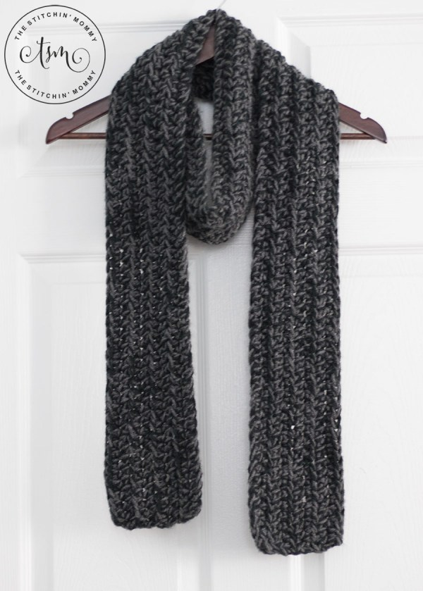 Chunky Charcoal Scarf Free Crochet Pattern The Stitchin Mommy