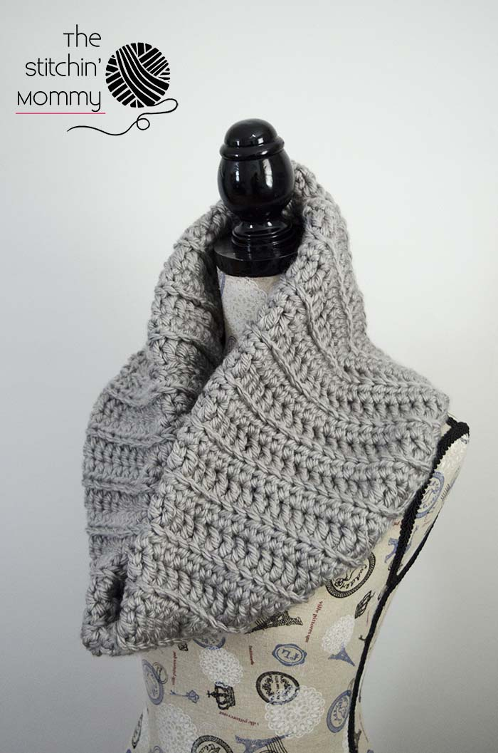 Chunky Ribbed Cowl Free Crochet Pattern The Stitchin Mommy