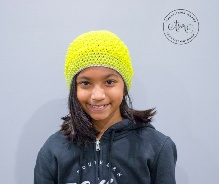 Daydreamer Hat - Free Crochet Pattern #HatoftheMonth | www.thestitchinmommy.com