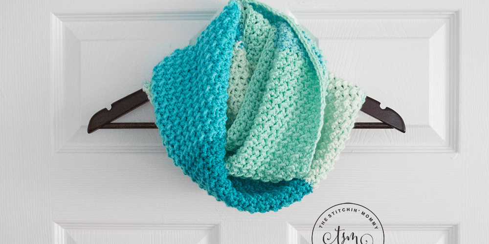Free Crochet Infinity Scarf Patterns With Buttons : The Stitchin Mommy - Crochet, Crafts, and More!