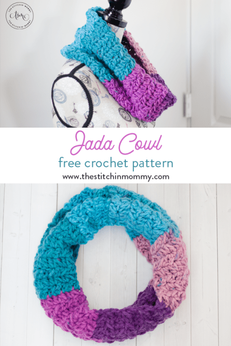 Jada Cowl - Free Crochet Pattern | Scarf of the Month Club hosted by The Stitchin' Mommy and Oombawka Design | www.thestitchinmommy.com #ScarfoftheMonthClub2019