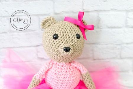 Olivia Bear - Free Crochet Pattern | www.thestitchinmommy.com #CALCentralCrochet