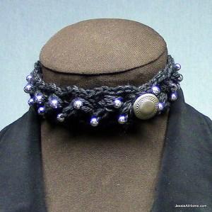 Puff-Stitch-Choker-with-beads
