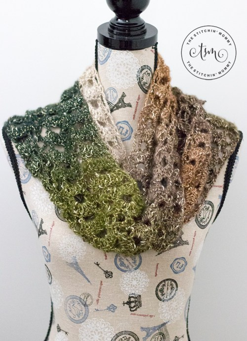 Woodland Lace Scarf - Free Crochet Pattern - Scarf of the Month Club hosted by The Stitchin' Mommy and Oombawka Design | www.thestitchinmommy.com #ScarfoftheMonthClub2018