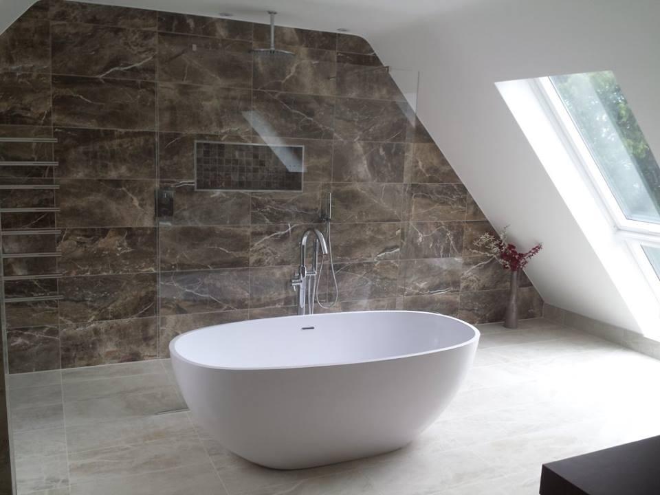 luxurious contemporary bathroom