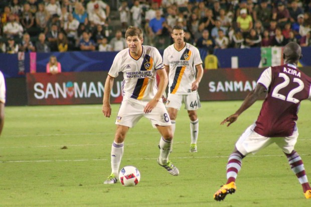 Steven Gerrard searching for a pass during 1-1 tie Saturday night against the Colorado Rapids at StubHub Center. Photo taken by Jorge Galves for The Stoppage Time 8/13/16