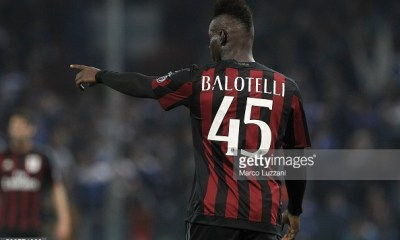 GENOA, ITALY - APRIL 17: Mario Balotelli of AC Milan gestures during the Serie A match between UC Sampdoria and AC Milan at Stadio Luigi Ferraris on April 17, 2016 in Genoa, Italy. (Photo by Marco Luzzani/Getty Images)