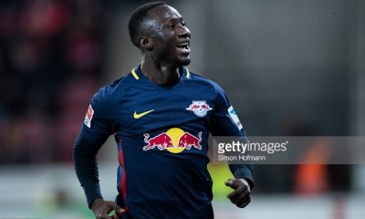 MAINZ, GERMANY - APRIL 05: Naby Keita of Leipzig celebrates his team's third goal during the Bundesliga match between 1. FSV Mainz 05 and RB Leipzig at Opel Arena on April 5, 2017 in Mainz, Germany. (Photo by Simon Hofmann/Getty Images)