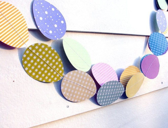 Cute Easter egg paper garland