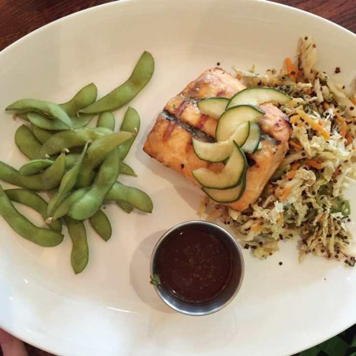 houlihans salmon