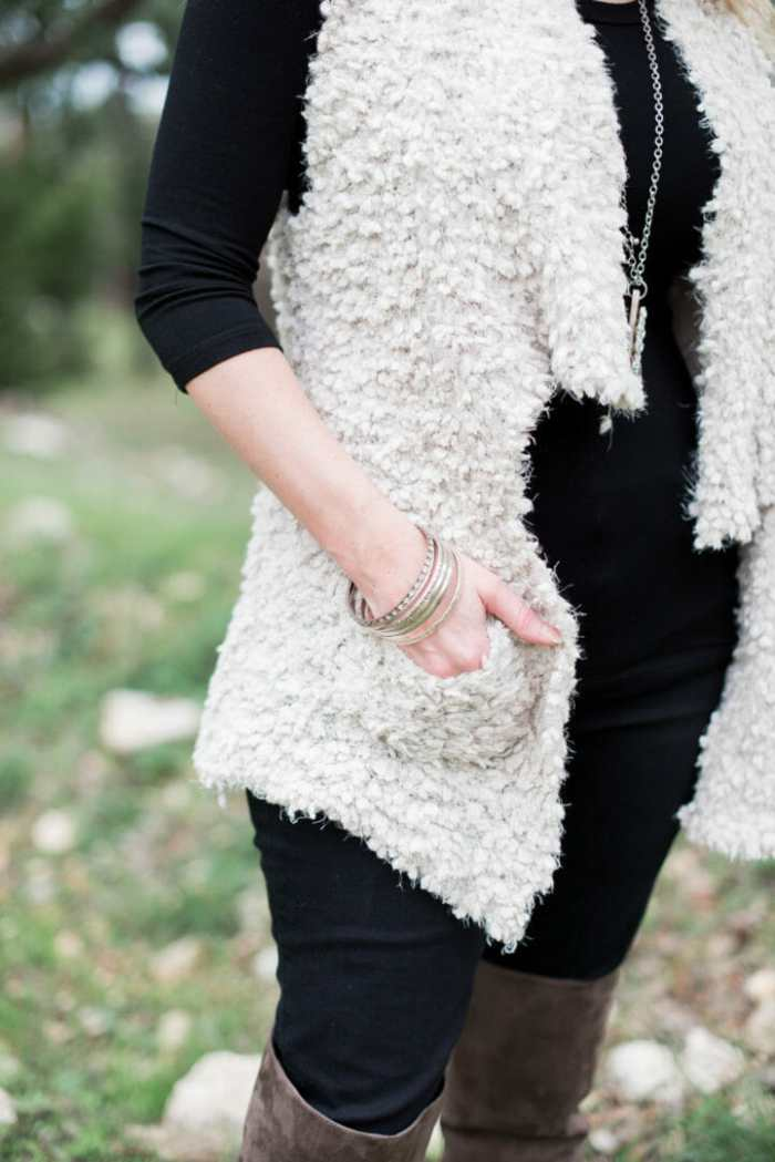 Cute fur vest with pockets