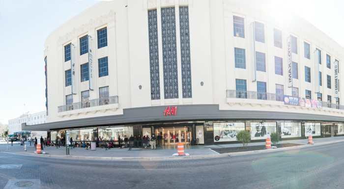 H&M Rivercenter