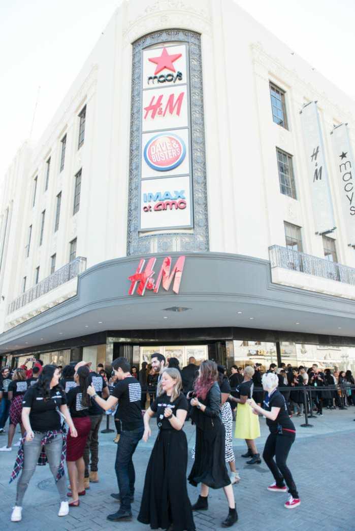 H&M Rivercenter grand opening