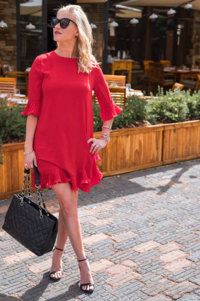 top travel blogger tori johnson
