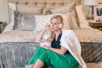 wireless headphones for women