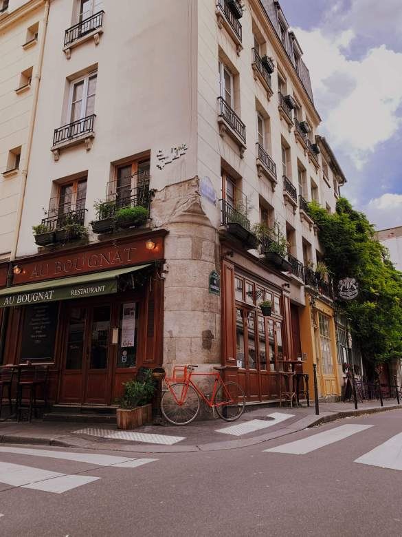 rue-charmante-paris