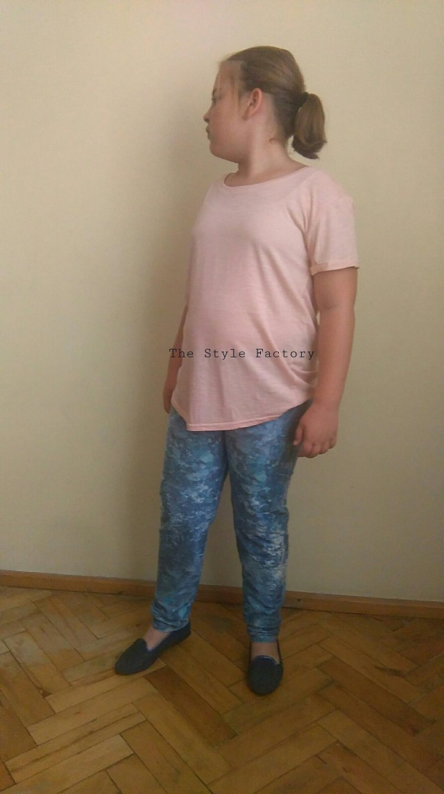 Niebieskie spodnie z nadrukiem