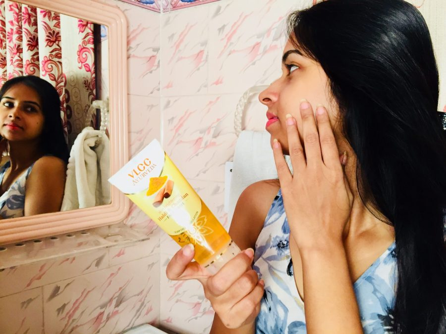 VLCC skin brghtening haldi & chandan face wash wedding season