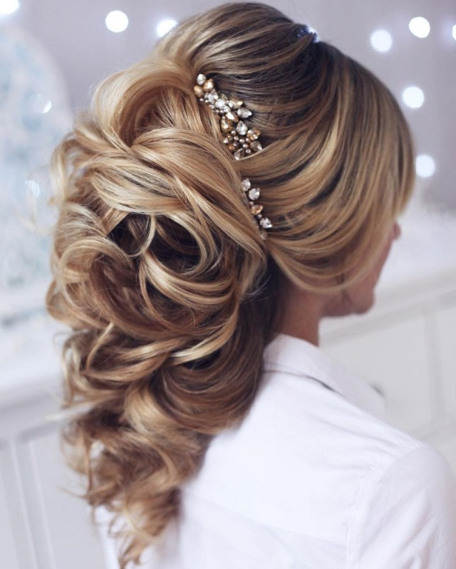 perfect bridal hairstyles based on the length or type of