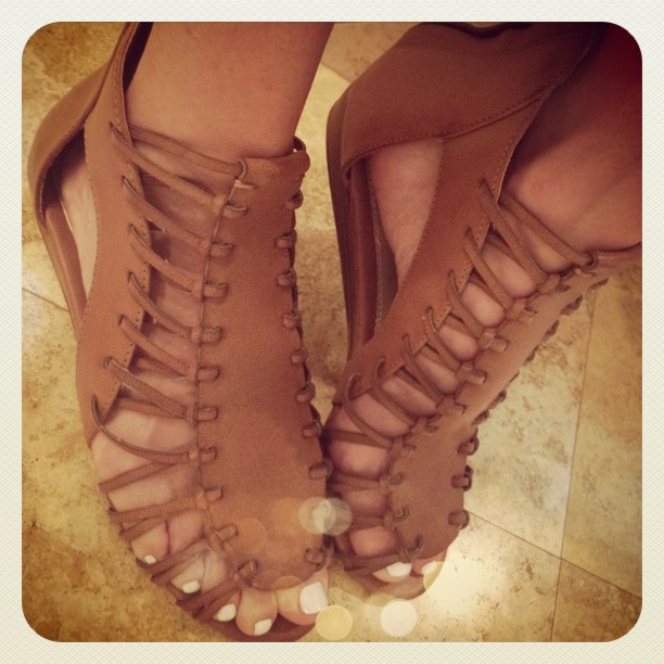 696b263646d3 the stylish housewife » Blog Archive MIA lucille gladiator sandals - the ...