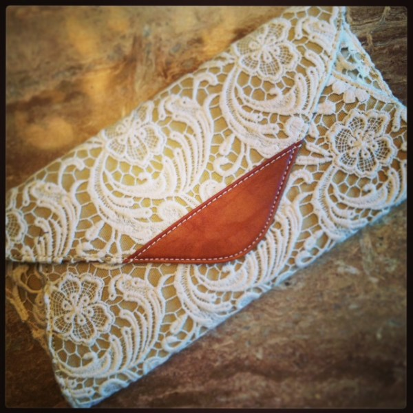 justfab hayworth lace clutch