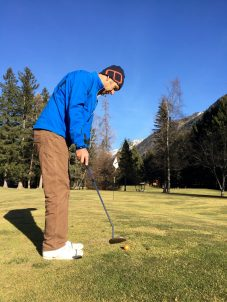 Phil Putts in Xmas Comp