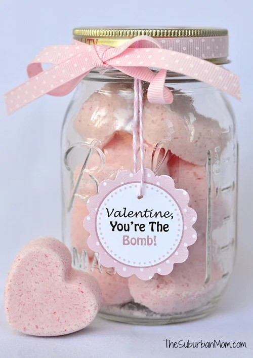 DIY Valentine's Day Bath Bombs with Printable Gift Tag