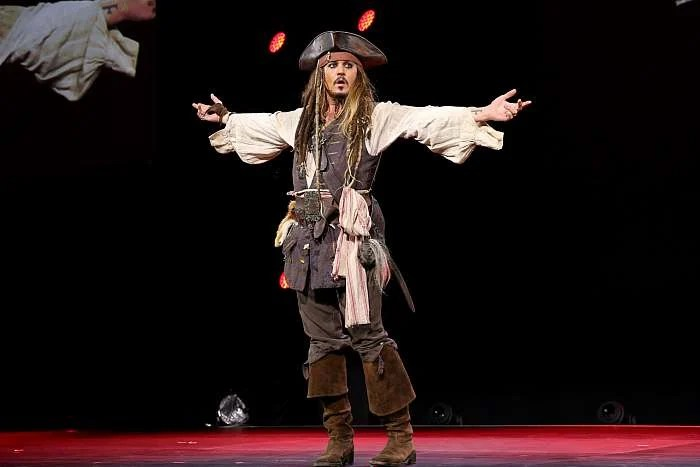Johnny Depp Pirates of the Caribbean Dead Men Tell No Tales