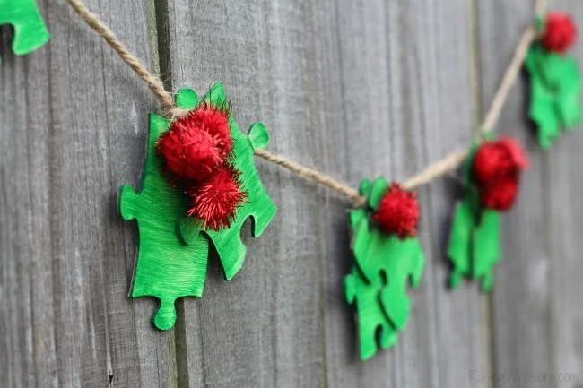 Christmas Kids Craft Holly Garland