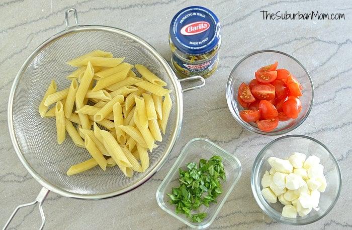 Pesto Caprese Pasta Ingredients