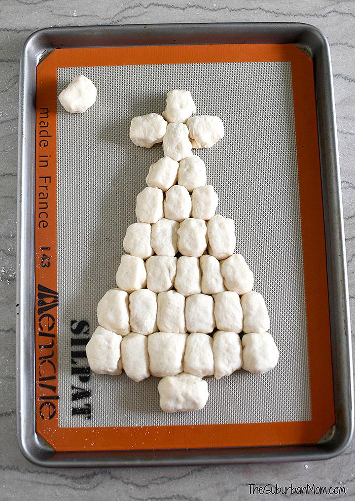 Christmas Tree Pull-Apart Bread Recipe