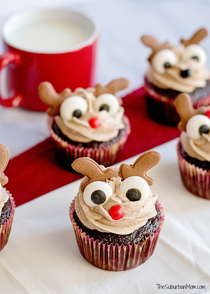 Gingerbread Reindeer Cupcakes With Cinnamon Cream Cheese Frosting