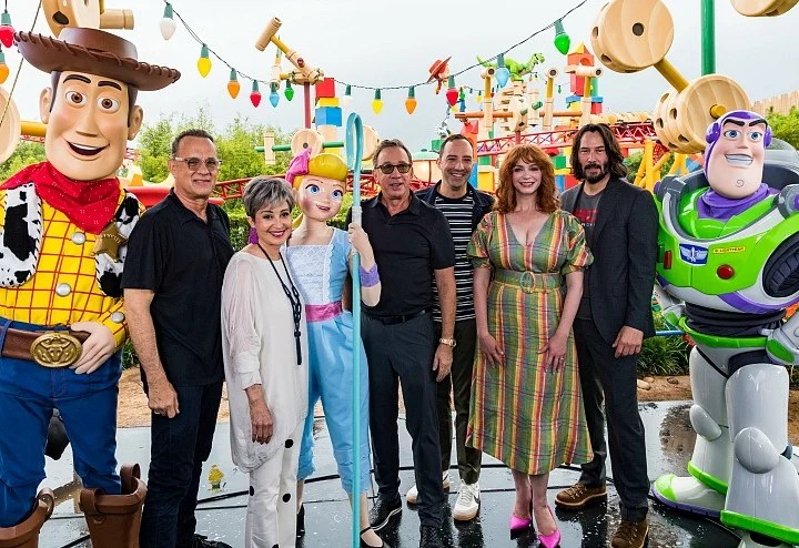 Toy Story 4 Cast in Toy Story Land