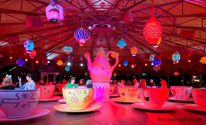 Mad Tea Party Mickey's Very Merry