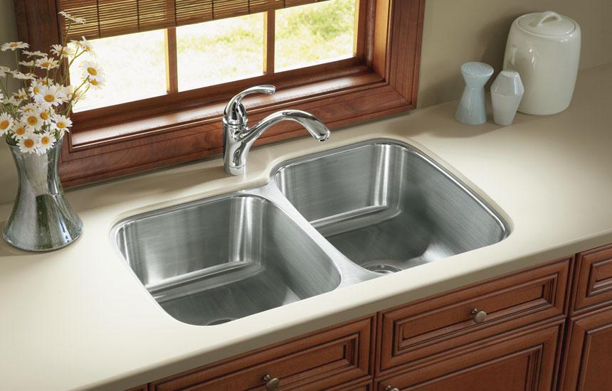 clean stainless steel sinks
