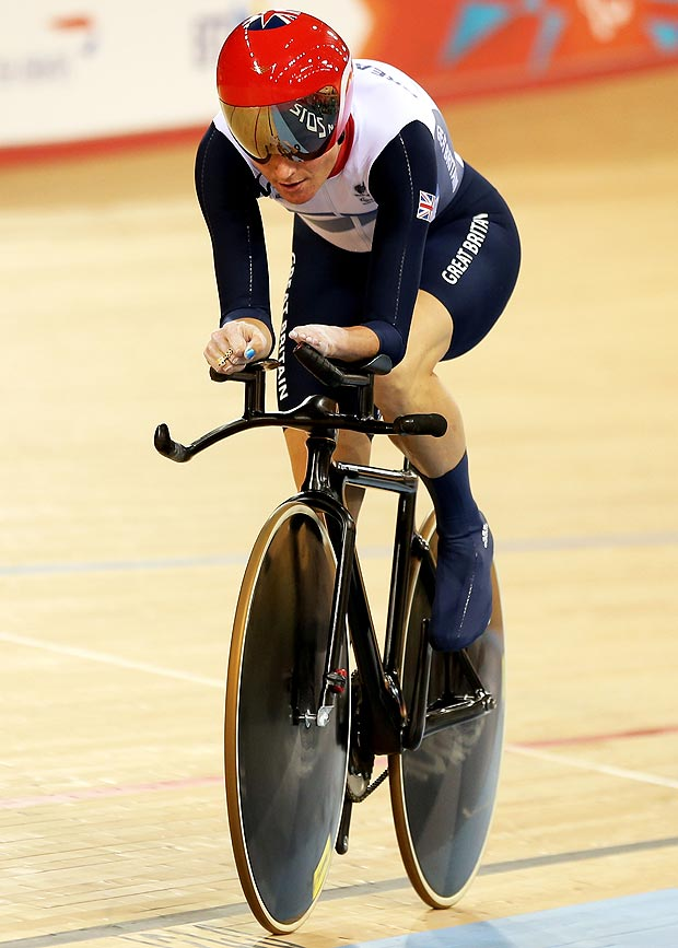 Sarah Storey stared off in swimming and then switched to cycling in 2005