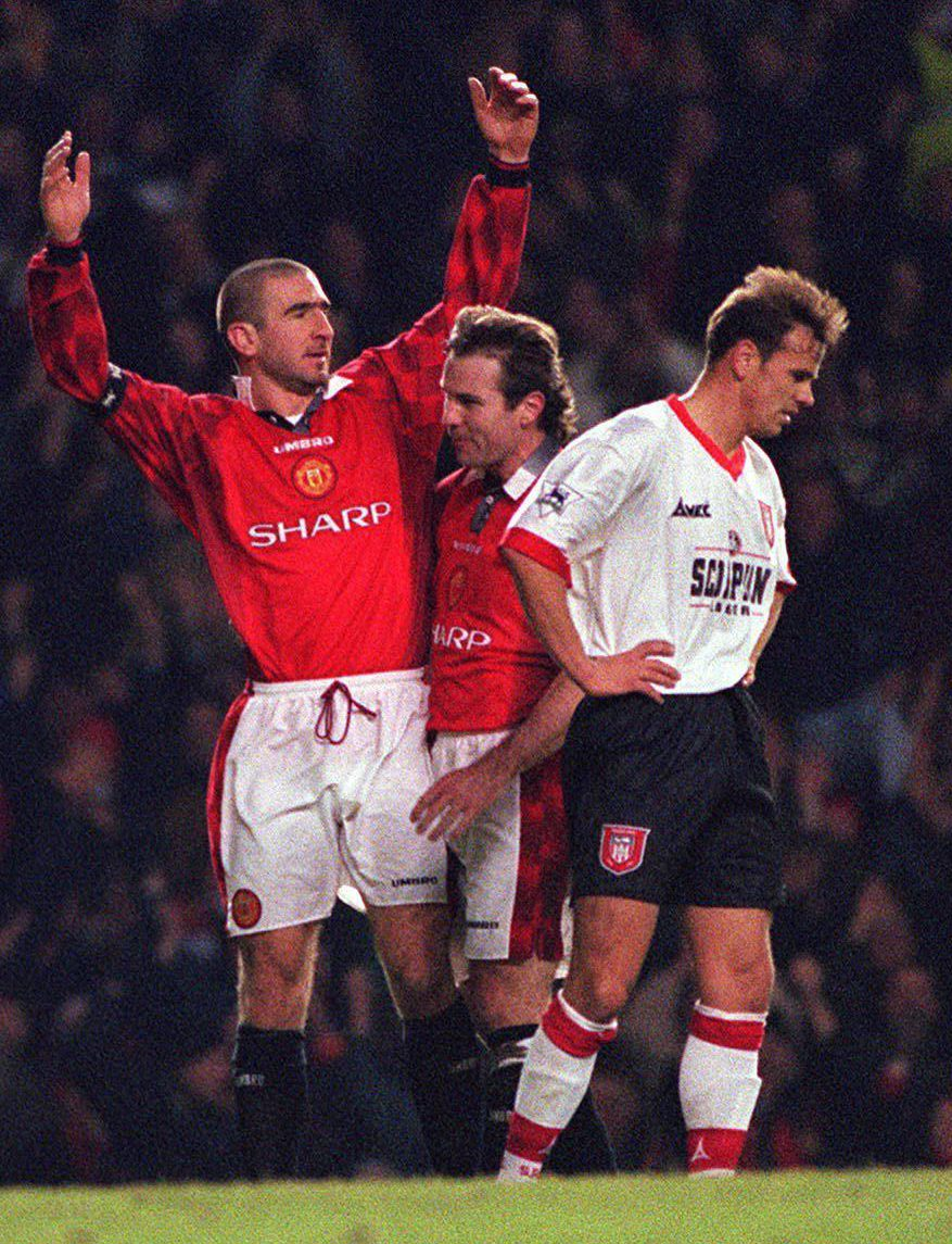 Great signed photo of manchester united legend eric cantona kneeling in his iconic celebration after scoring against manchester city in a match at old. Eric Cantona S Iconic Goal Shouldn T Even Exist Says The Man Who Conceded It Lionel Perez
