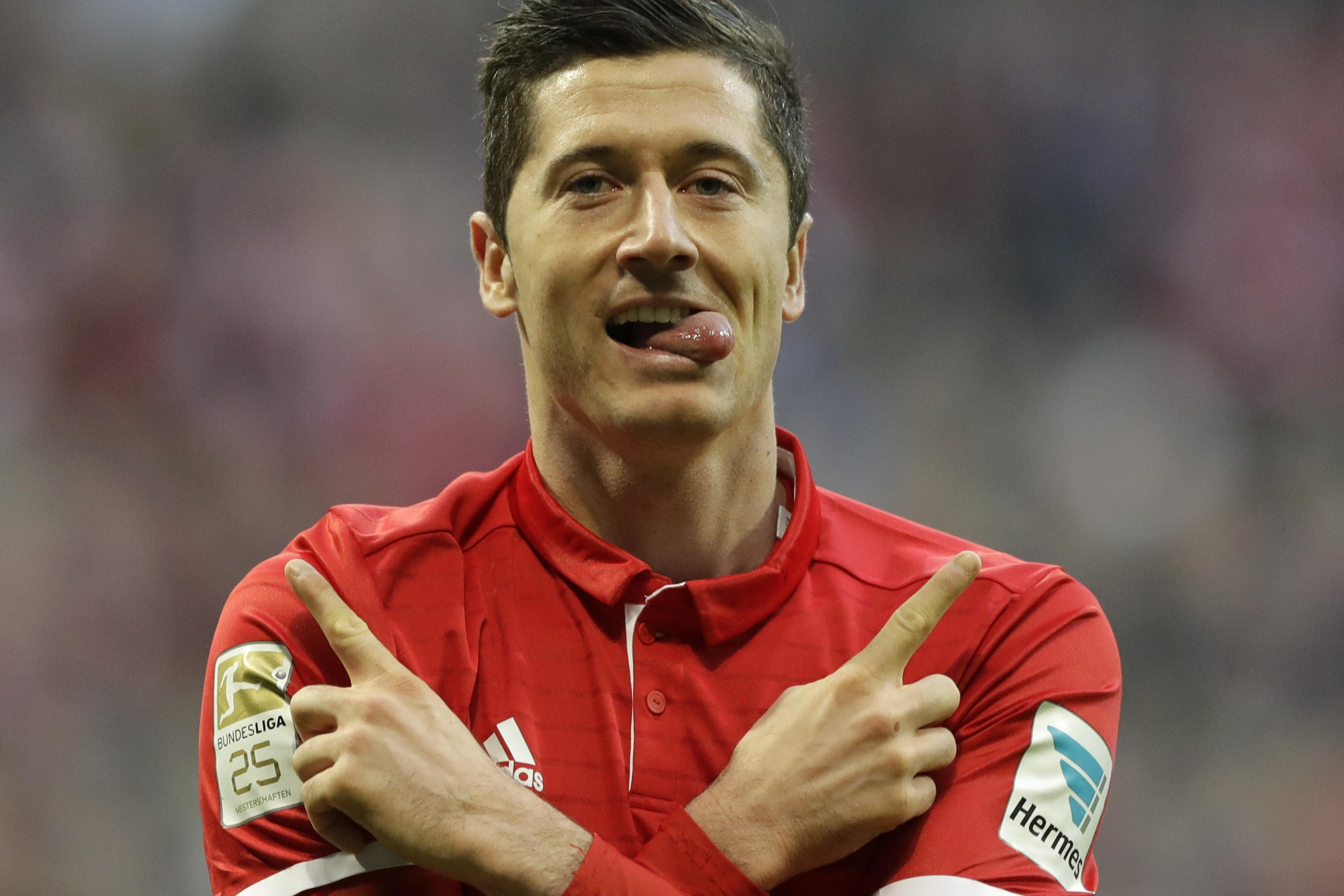 Lewandowski has been offered the chance to become the world's highest paid player in China