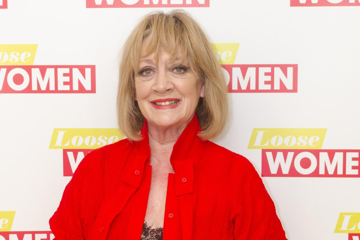 How old is amanda barrie and what 39 s her net worth for 1 800 2 sell homes reviews
