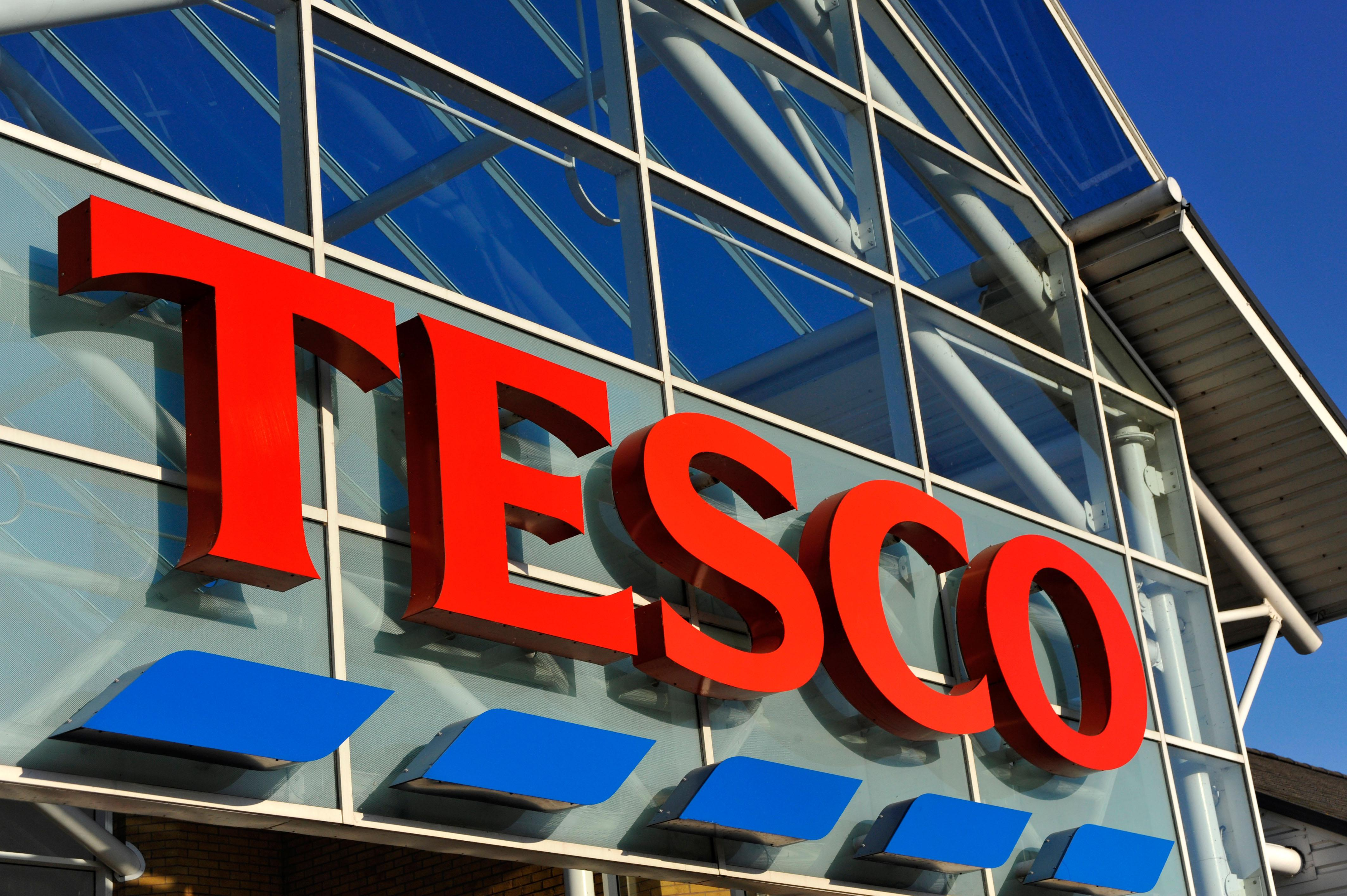 Tesco chesterfield travel money opening times distination