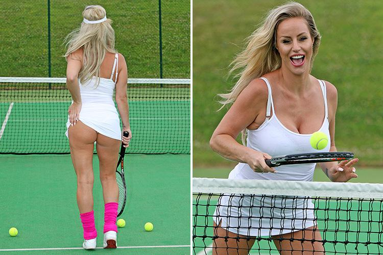 bum scratching Tennis girl