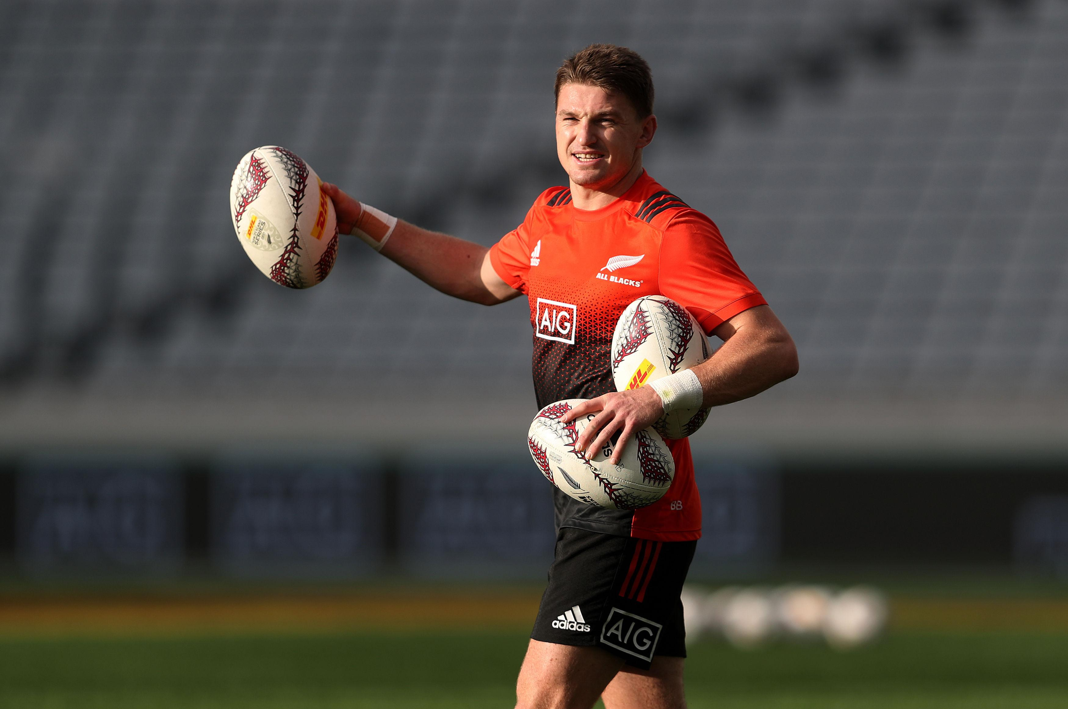 Beauden Barrett is the world's best fly-half and running riot again with the All Blacks