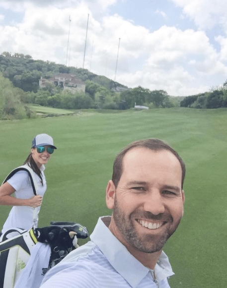 Sergio and Angela together on the fairway