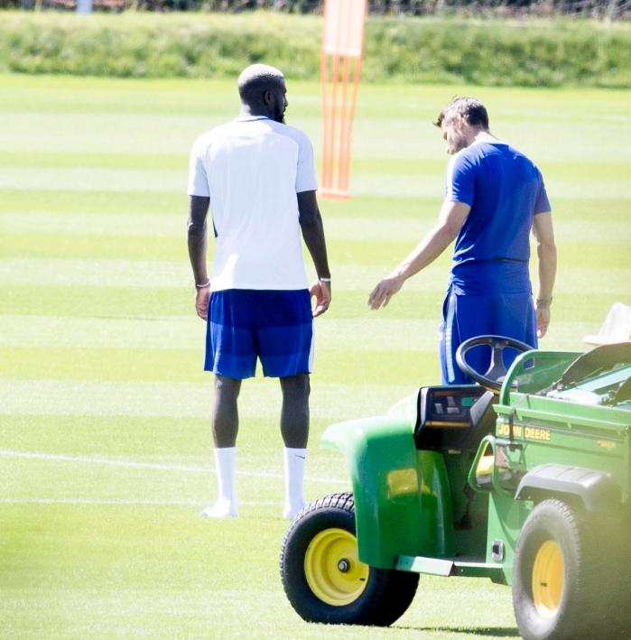Bakayoko was joined by one of the Chelsea fitness staff as he was introduced to his team-mates