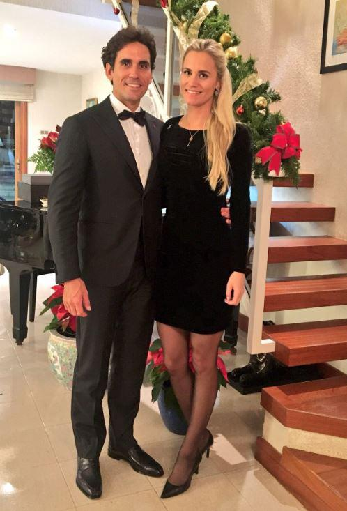 Rafa and Sofia look smart in this New Years Eve snap