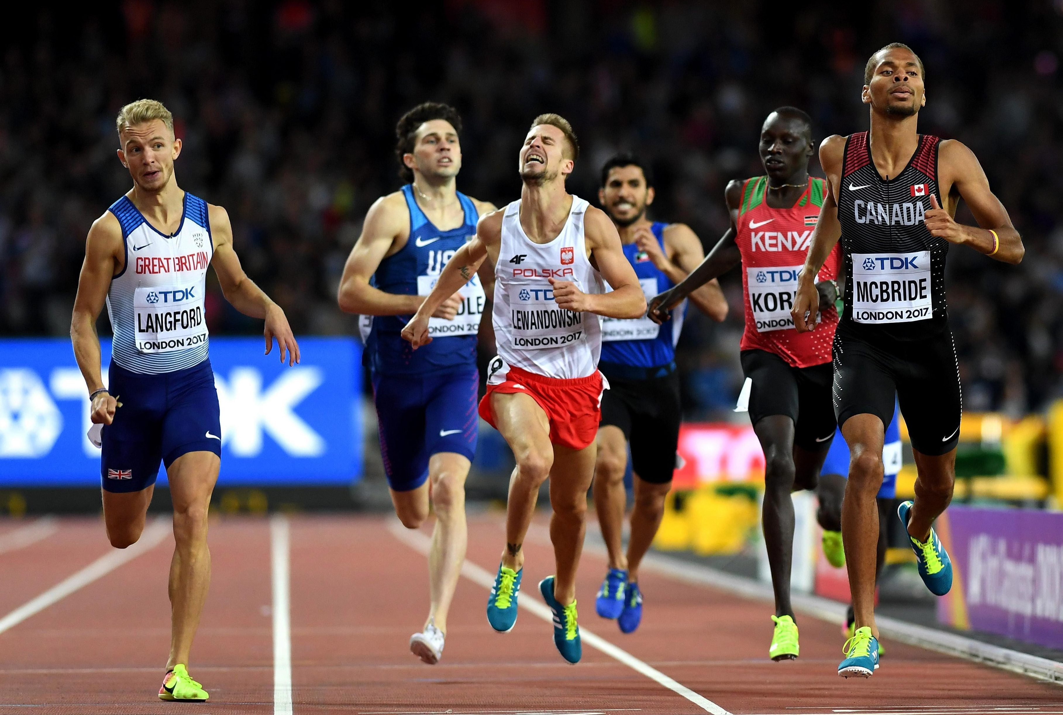 Kyle Langford produced a thrilling finish to overtake his rivals and book a place in the final