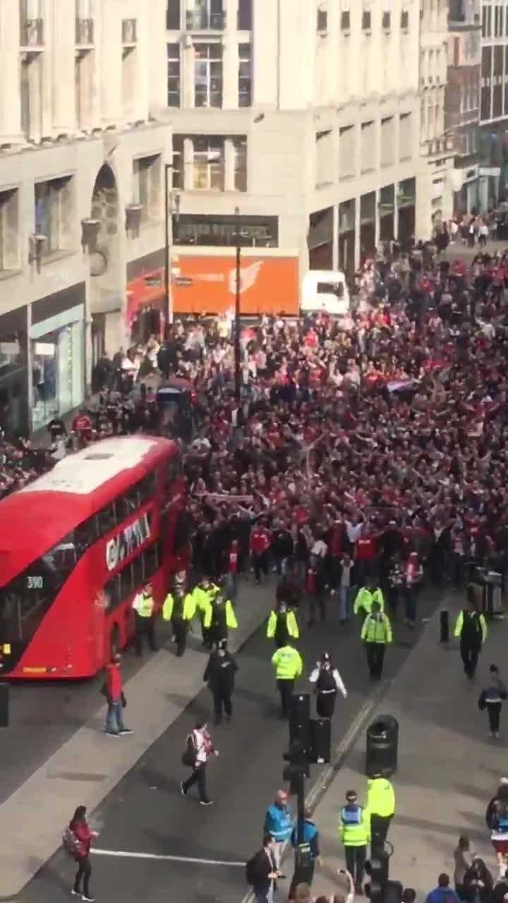 arsenal vs cologne thousands of german