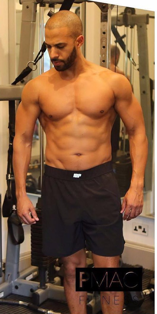 The former JLS star showcased his rippling muscles and impressive six pack