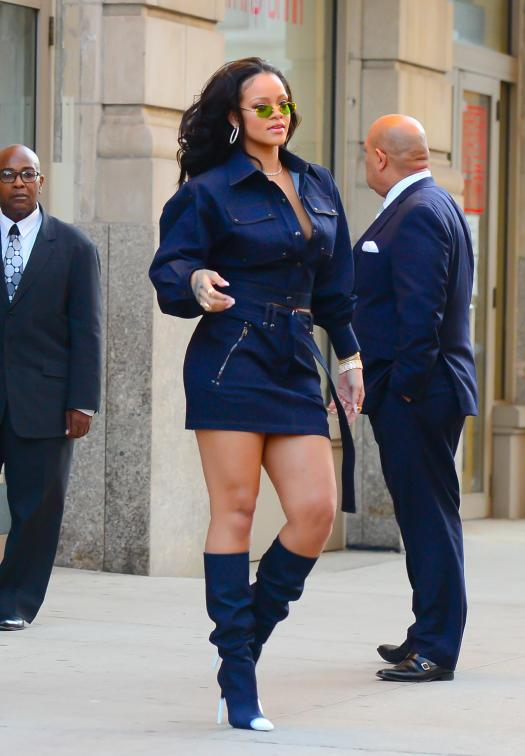 Rihanna turned heads as she made her way through the streets of New York