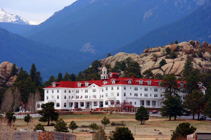 Resultado de imagem para overlook hotel